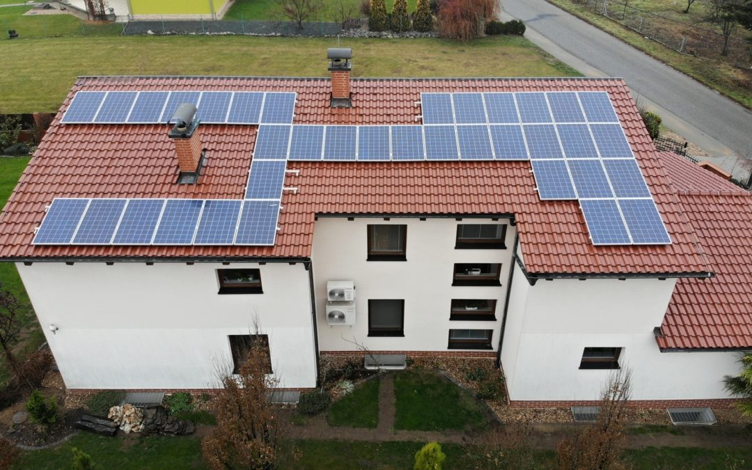 Hybridní FVE 9,9 kWp 13,5 kWh