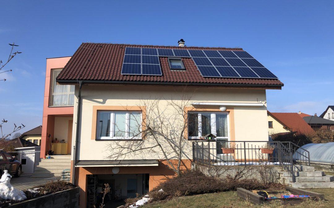 Hybridní FVE 5,4 kWp 7,7 kWh