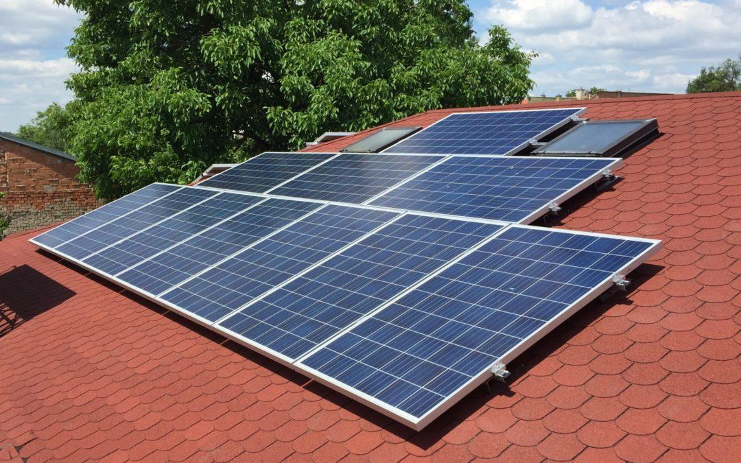 Hybridní FVE 4,5 kWp 10 kWh
